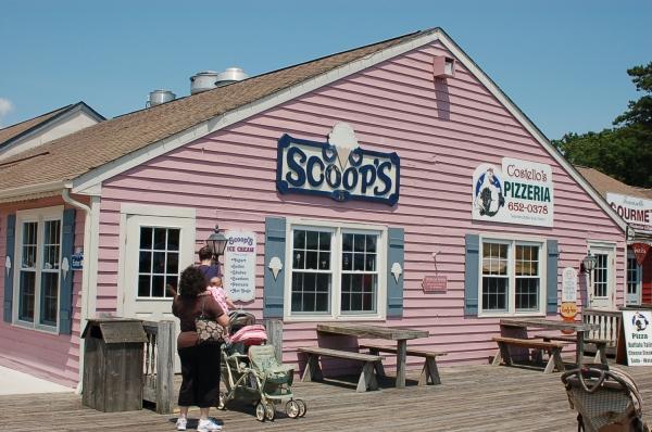 Scoop's